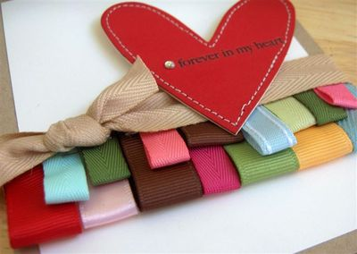 Ribbon border close up 2