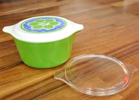 Pyrex green
